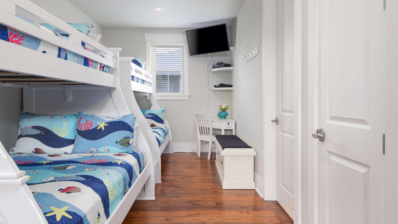 upstairs landing-twins over fulls, tv, & privacy curtain
