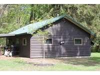 Twin Oaks Cabin with new Oak Tree thumb