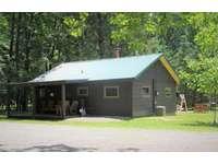 Twin Oaks Cabin, Front thumb