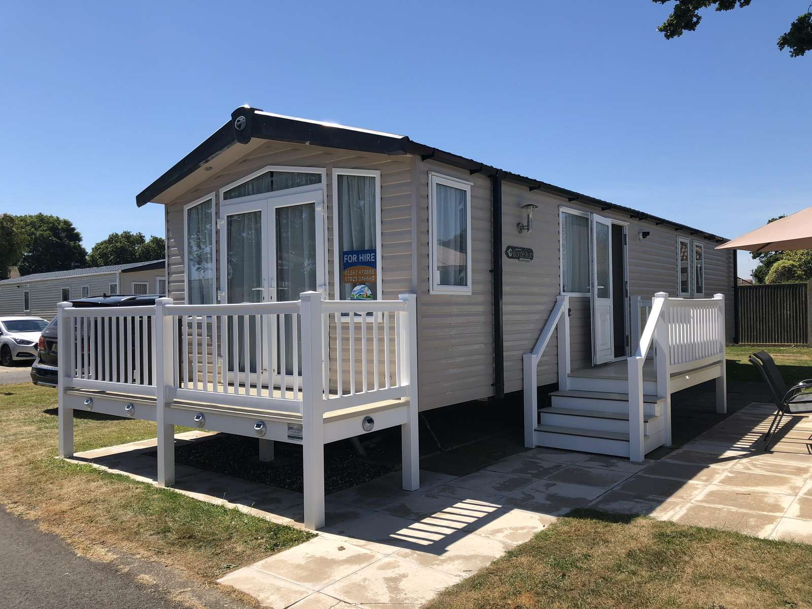 8 berth accommodation at Hopton Holiday Village.