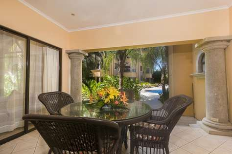 Sunrise 33- 3 Bedroom Poolside Condo