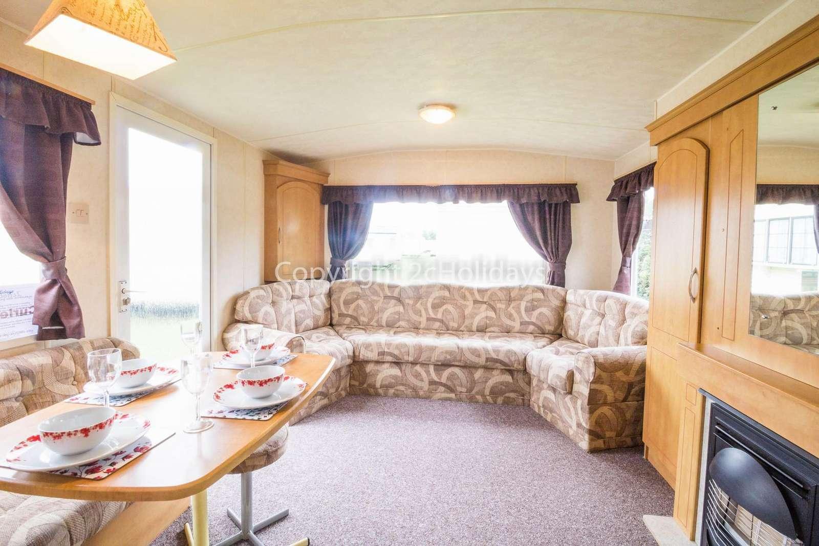 Caravan for hire in Scratby, Norfolk
