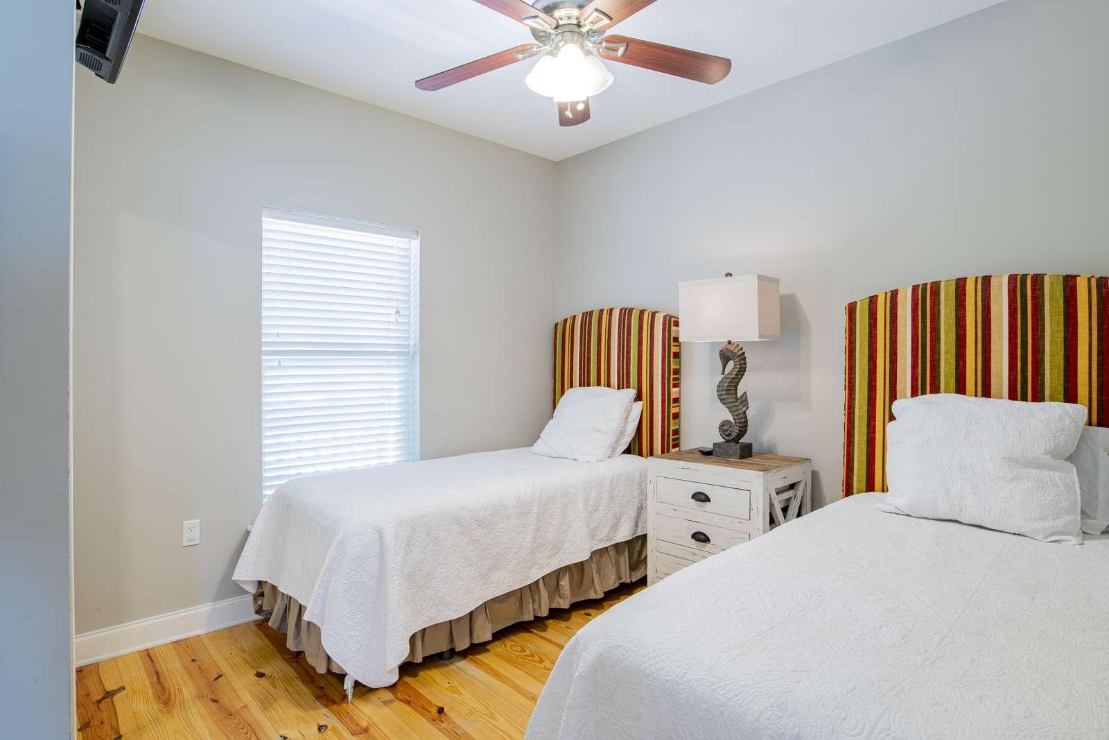 1st floor bedroom with 2 twin XLs