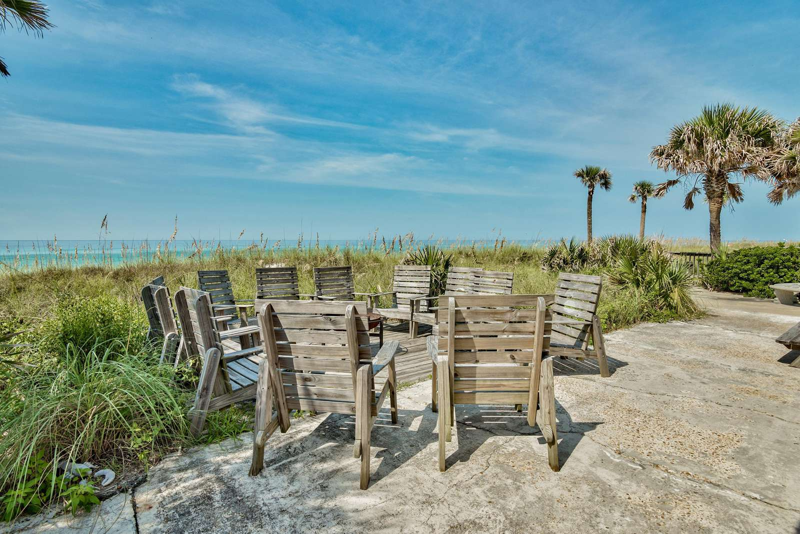 Sand Blast - Lovely Beachfront Home with Tons of Space!
