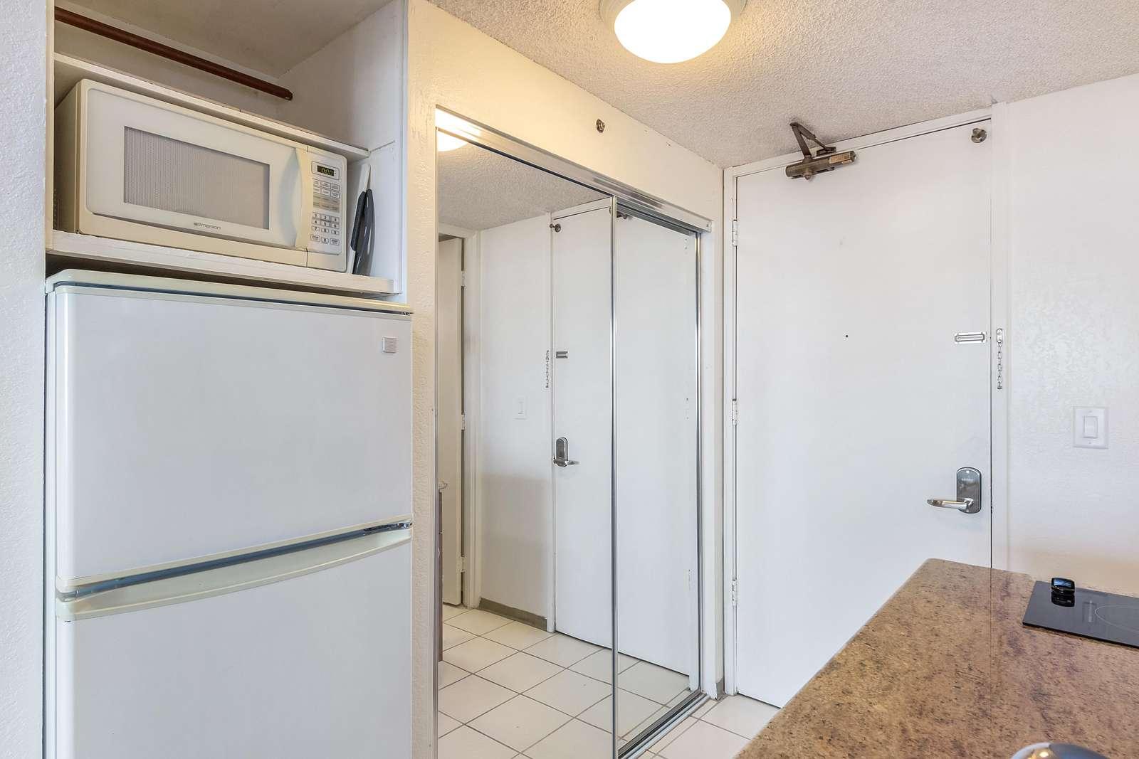Kitchenette W/Refrigerator & Microwave
