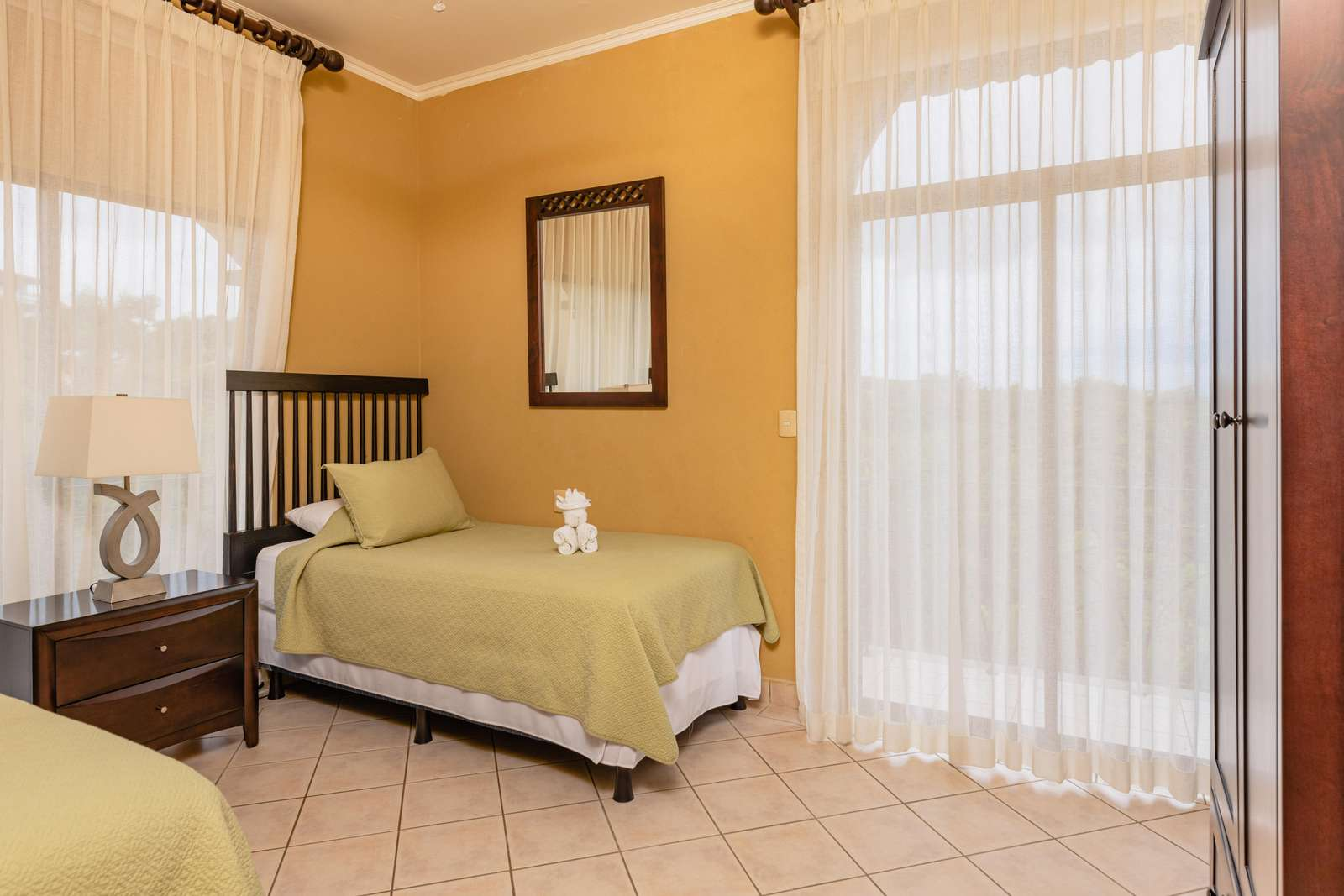 3rd Guest bedroom, 2 Twin beds (can be formed into a king bed upon request)