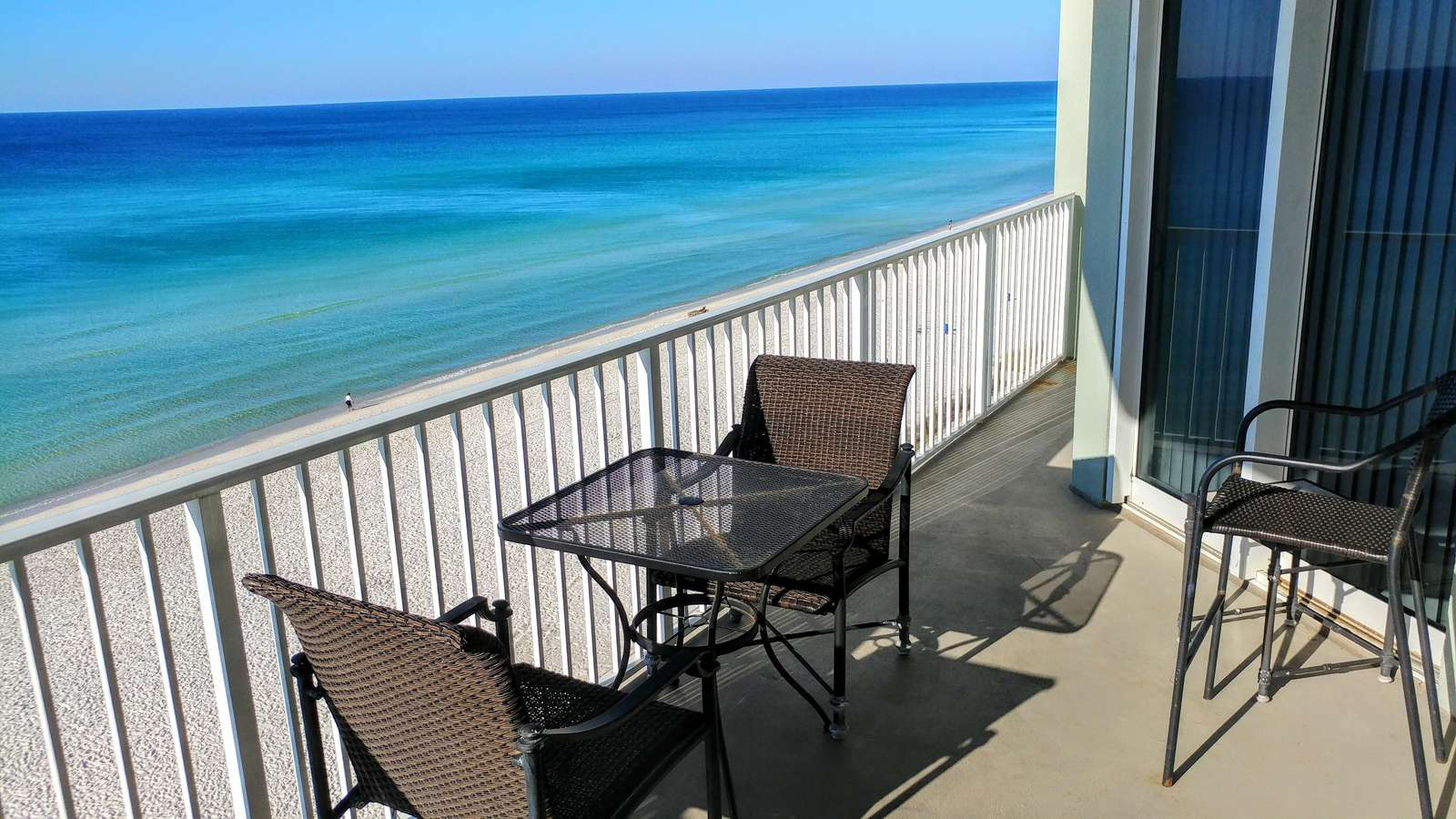 6th floor spectacular views! - property