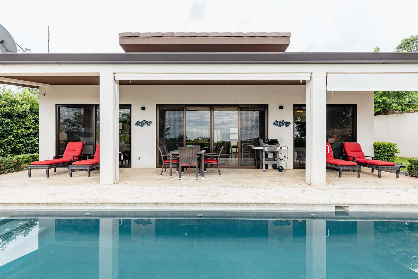 Casa Oasis, a newer 2 Bedroom, 2 Bath ocean view home with private pool - property