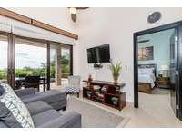 Living area, Smart TV thumb