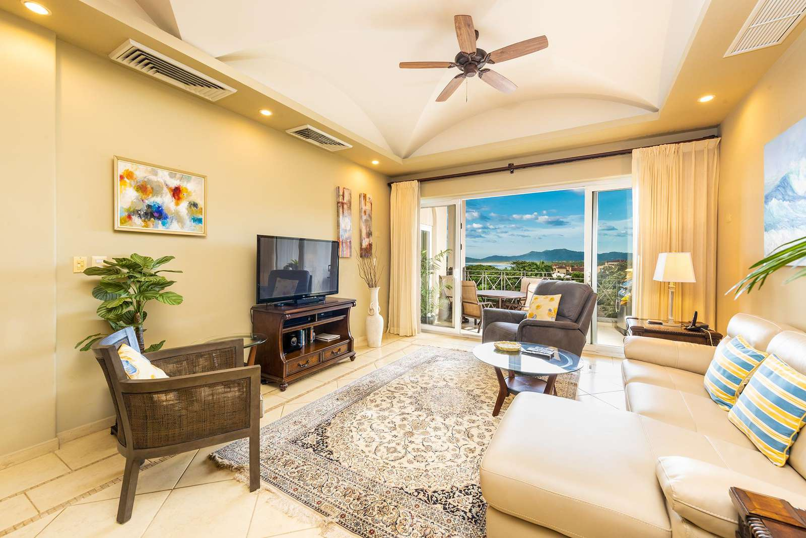 Spacious living area, access to private ocean view balcony