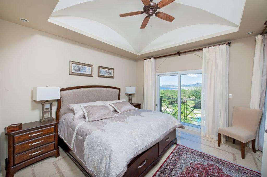 Master bedroom, king bed, full bath