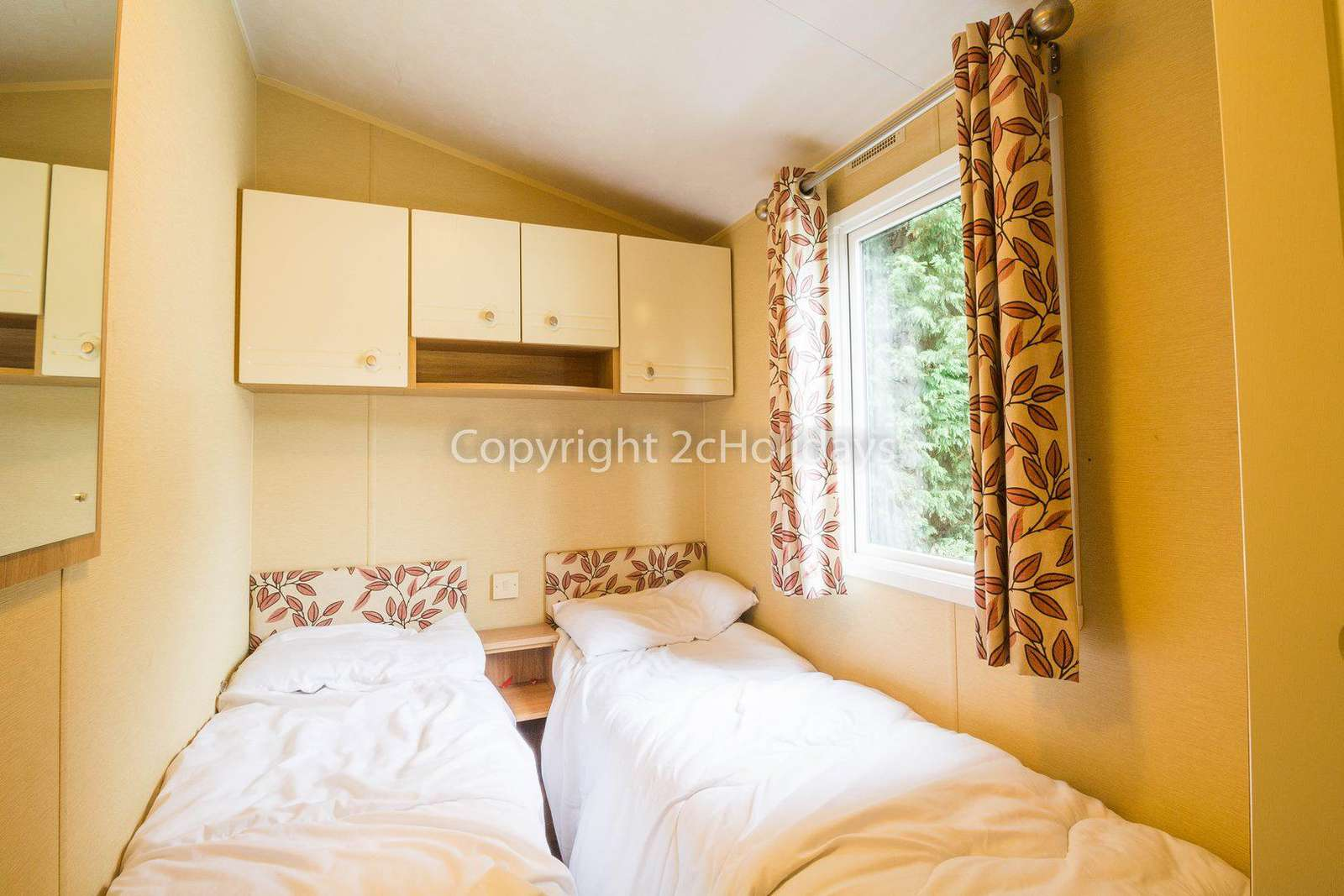 So many families have enjoyed a great break in this 8 berth luxury caravan at Wild Duck Holiday Park.