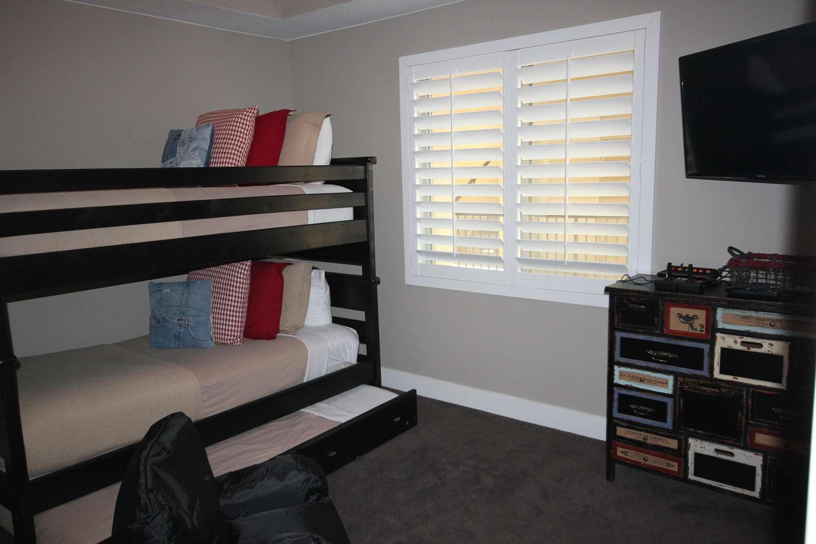 Bedroom 3 = 3 Twin Beds + Retro ATARI game area