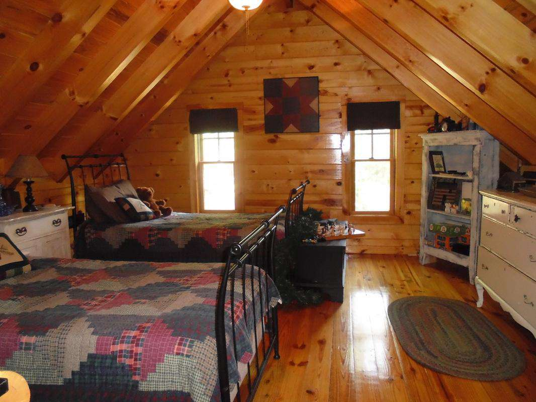 Upstairs Bedroom Timber Ridge