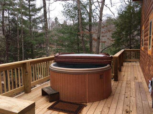 Forestdale Hot Tub