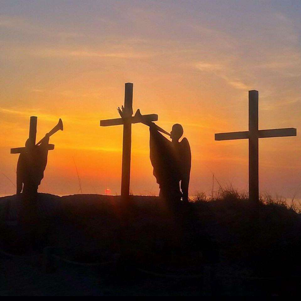 3 Crosses at Easter Ocean Front