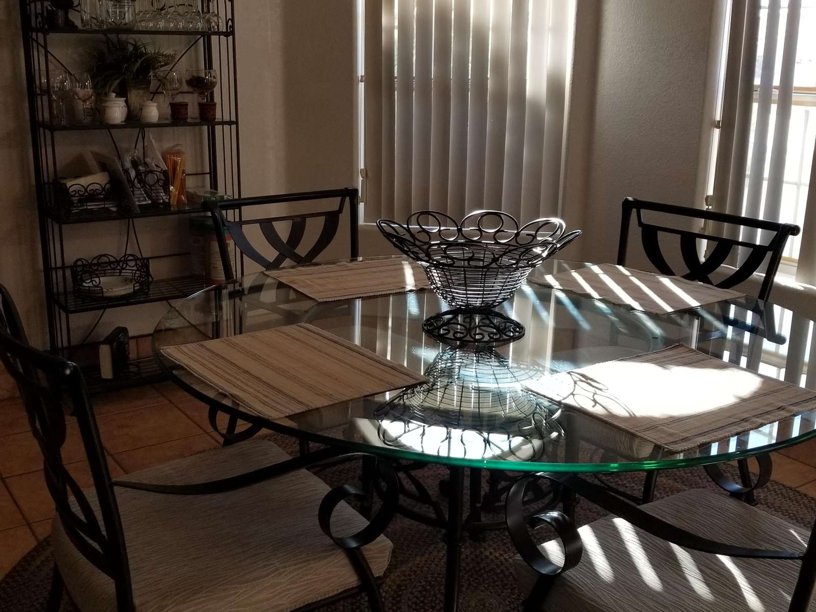 Eat in Dining Room