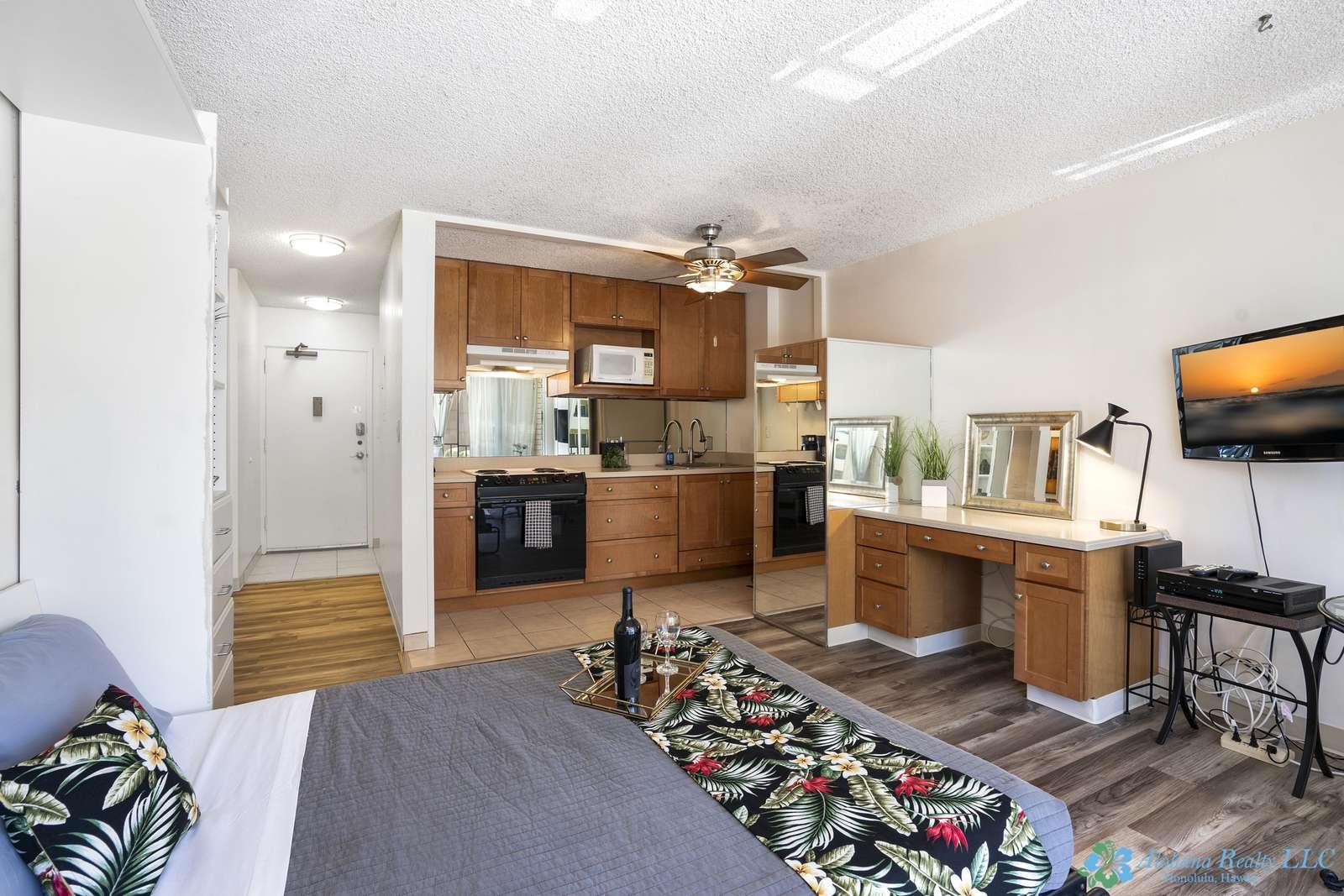 Fairway Villa 806  / Studio - Free Wifi, TV & Parking