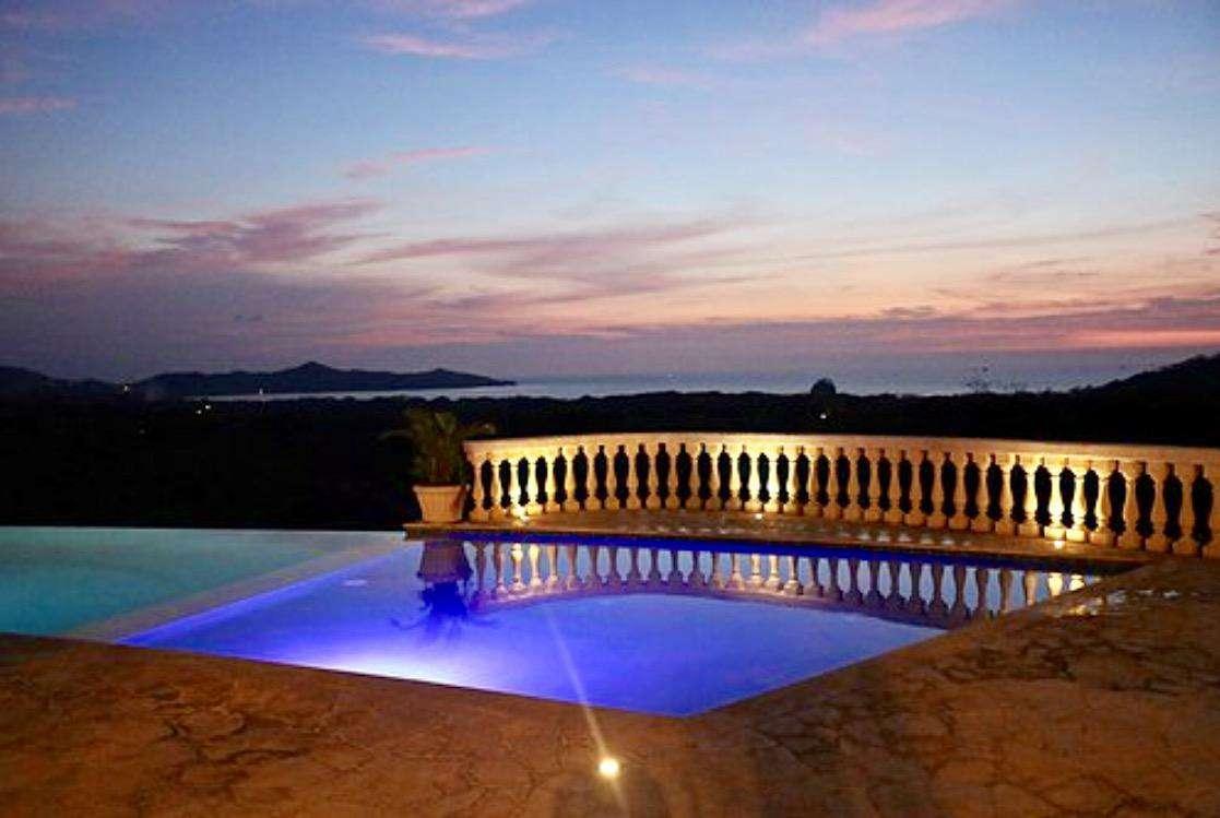 Infinity edge pool at Club at Mar Vista