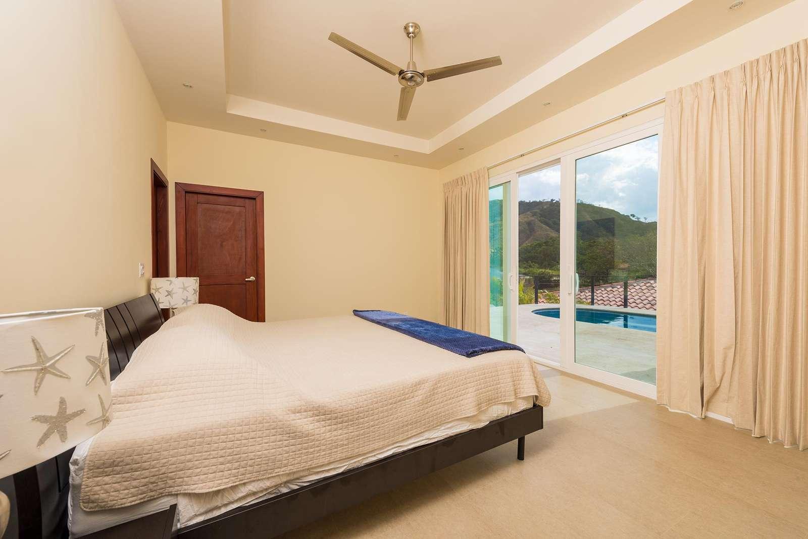 Master bedroom, king bed , private bathroom