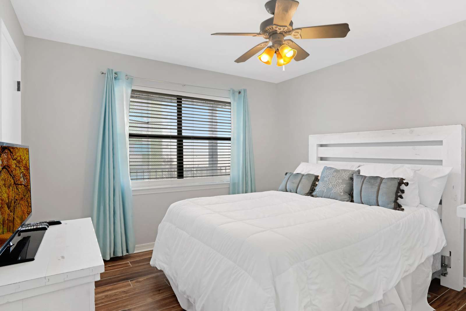 Queen size bedroom with new furniture and a walk in closet