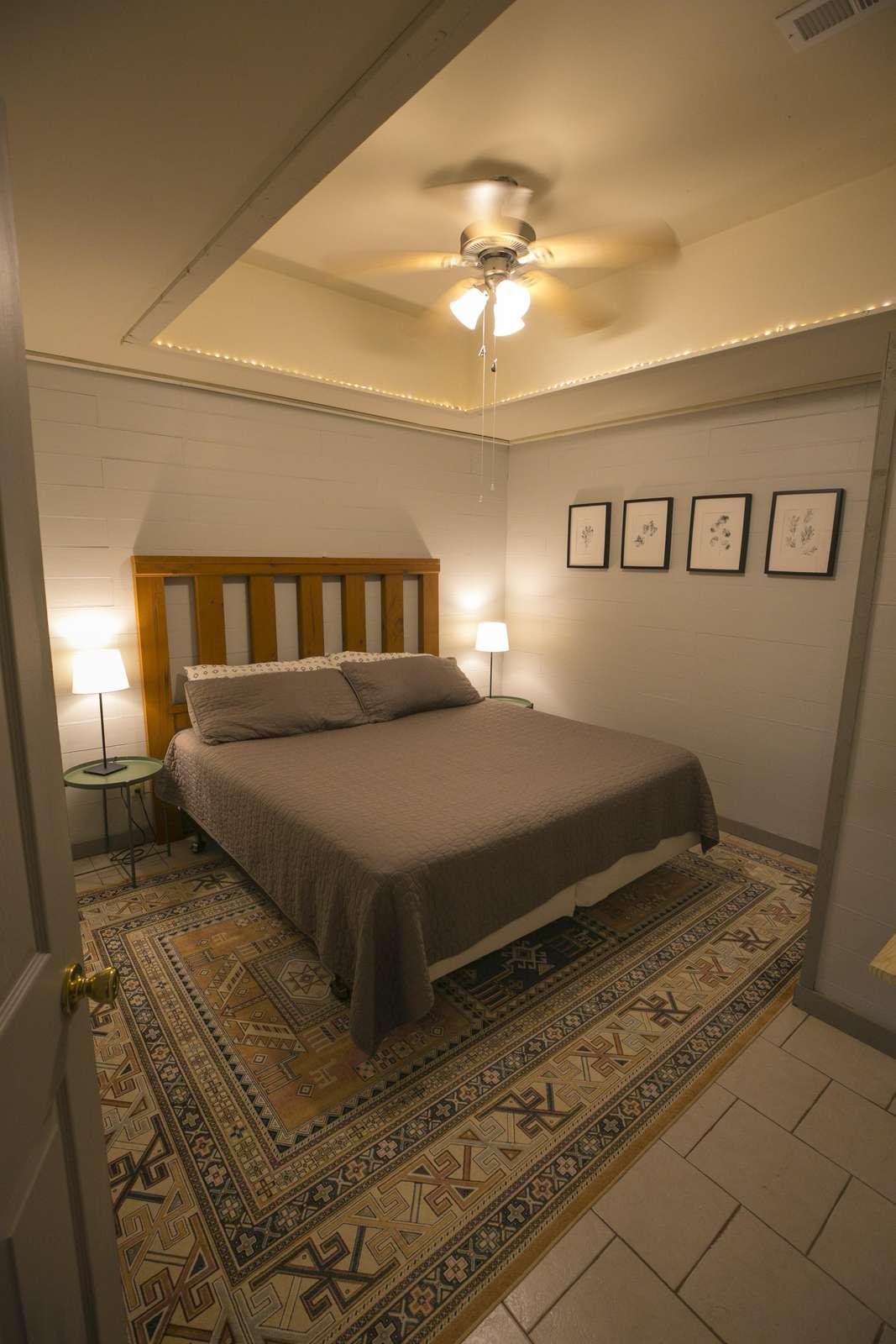 basement bedroom #2 (King bed)