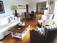 Living Room 1 thumb