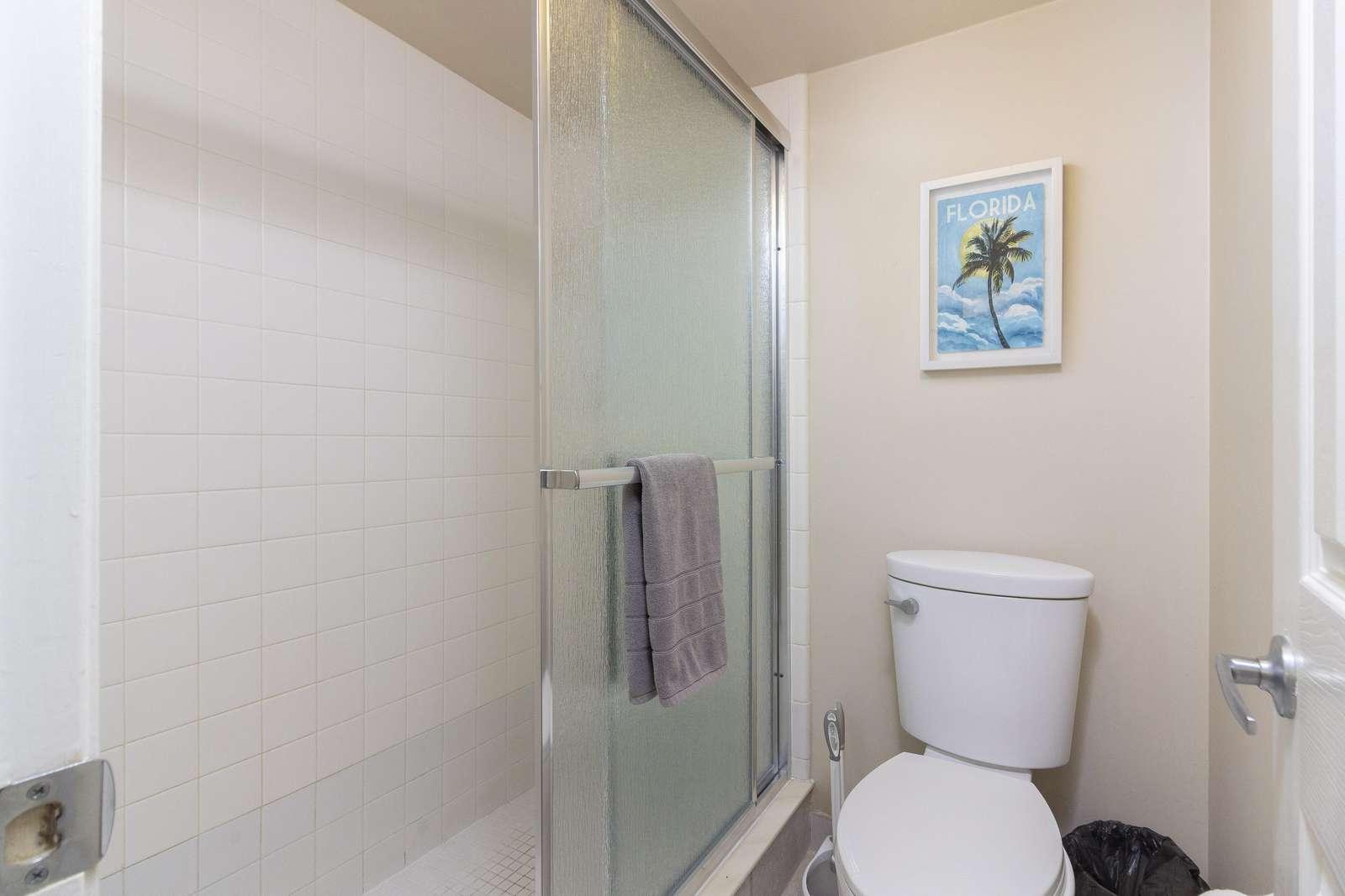 Master Bath - Walk-in Shower
