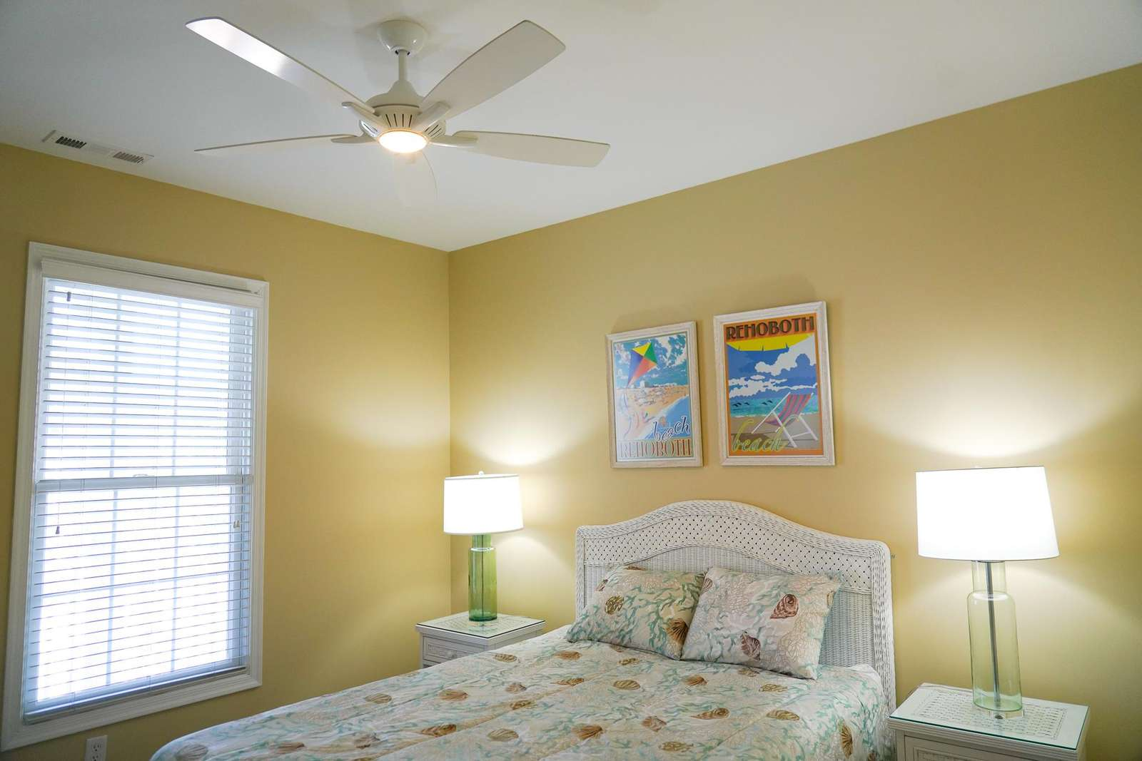 Guest/second bedroom