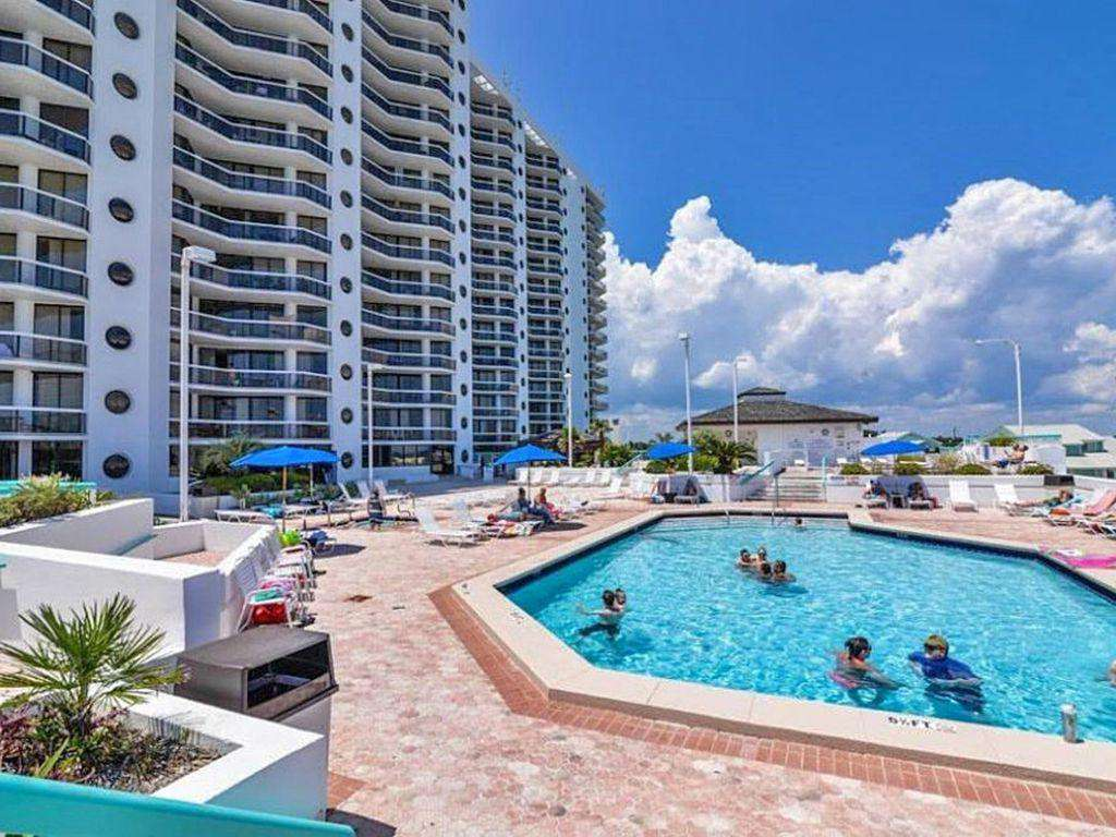 Enjoy the large pool which is heated in the winter.