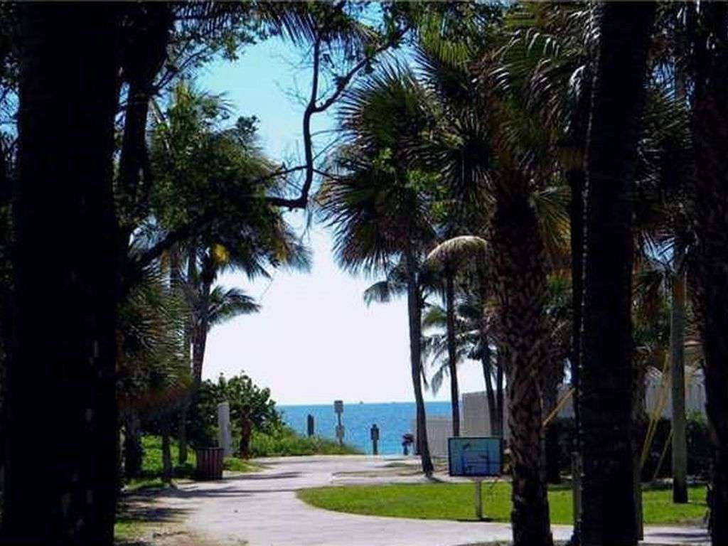 Path from house to beach