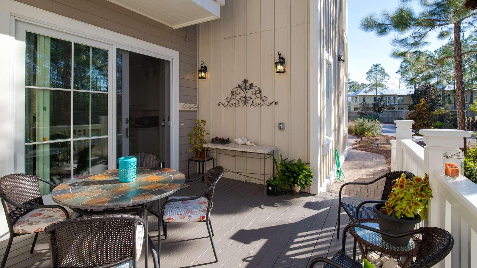 Side Porch next to Kitchen