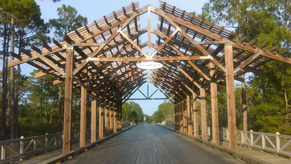 wooden bridge entering Naturewalk