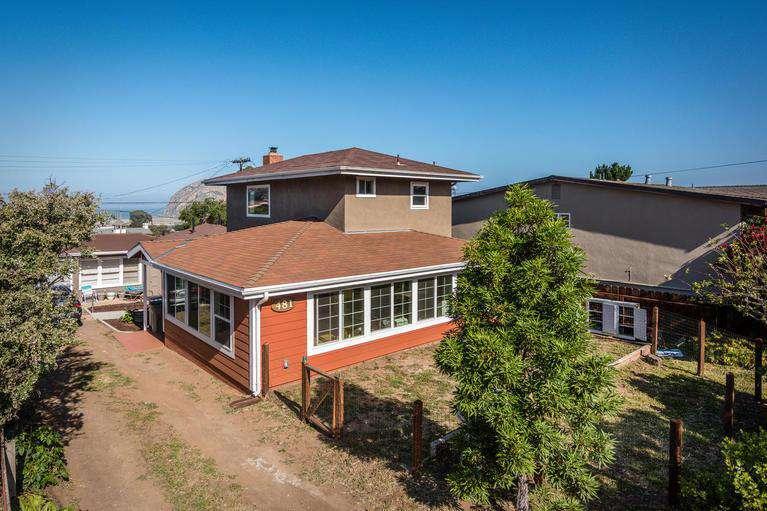 481 Estero - property