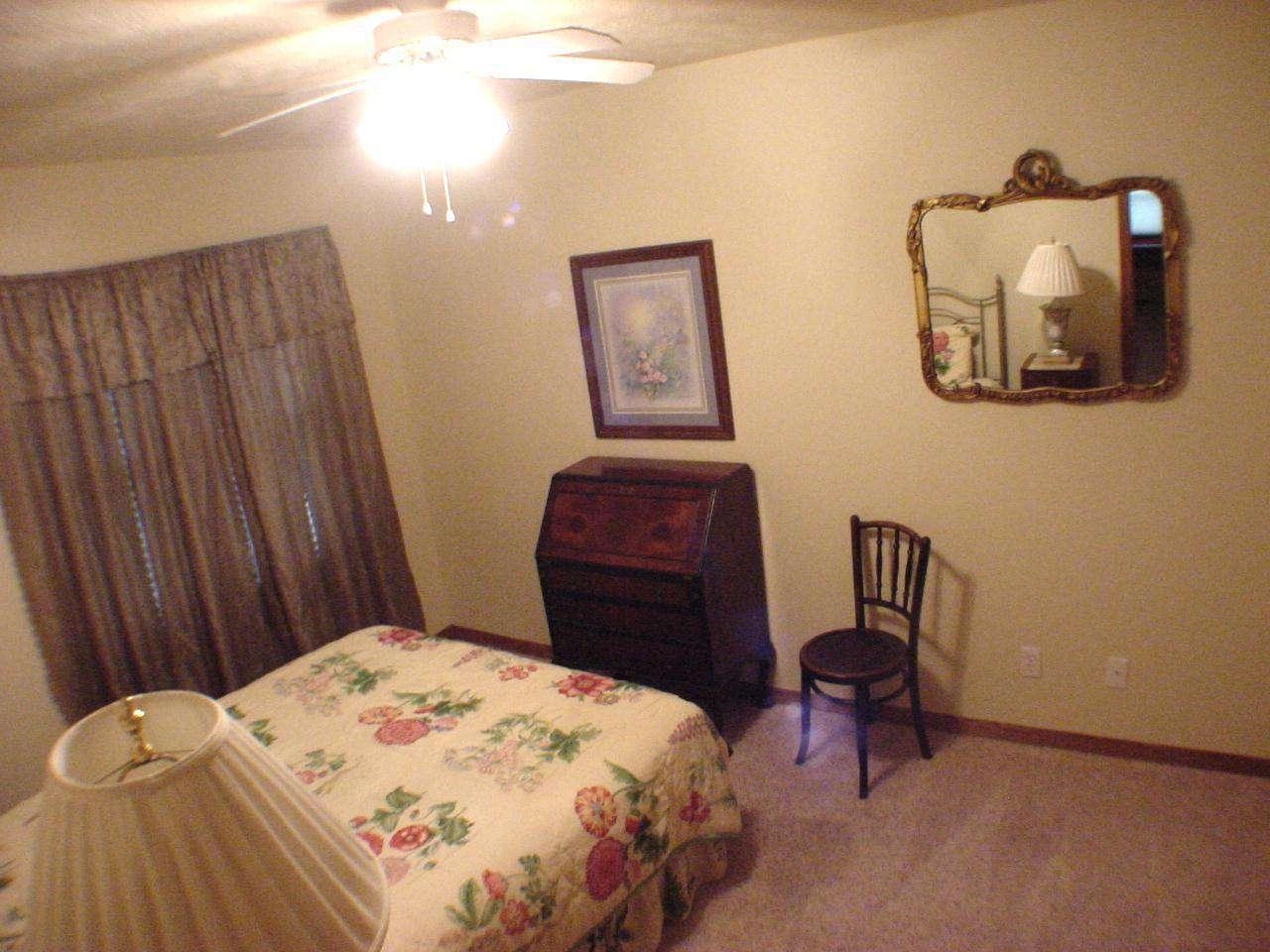 Guest queen bedroom #3