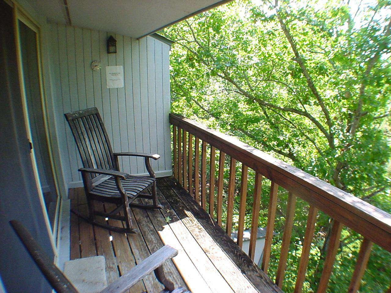 Master bedroom small upper deck