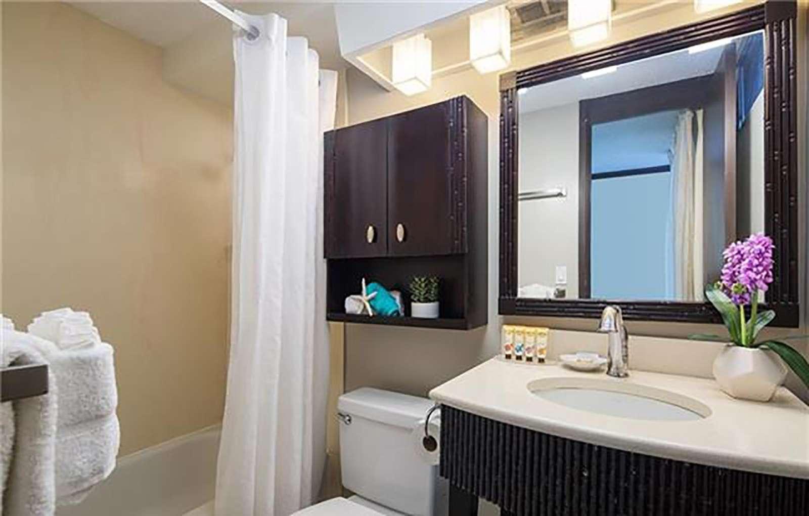 Bright and super clean bathroom