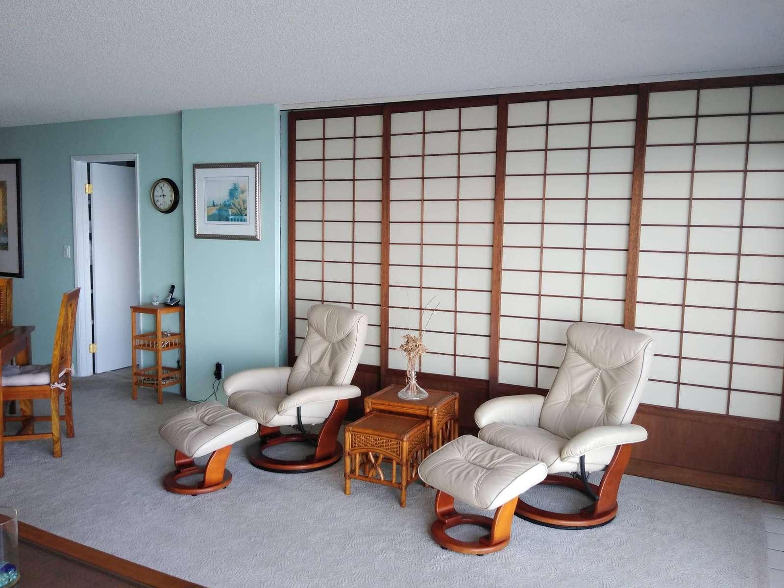 Shoji doors close off bedroom if desired.