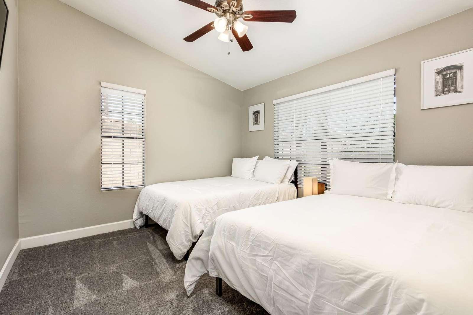 3rd Bedroom has 2 Full Beds - TV