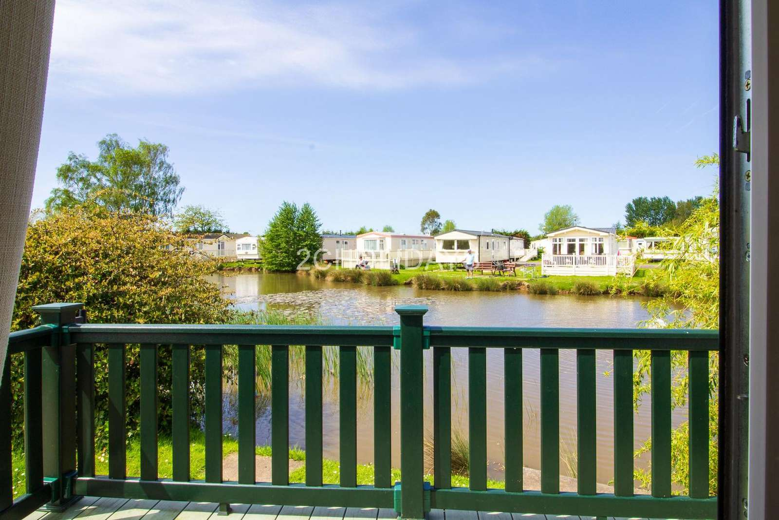 6 berth accommodation with lake view at Southview Holiday Park - property