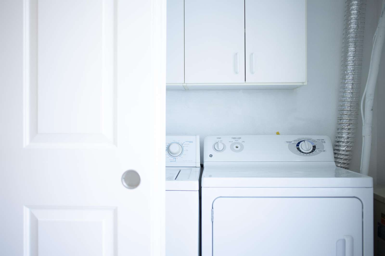 Full Size Washer/Dryer in Condo