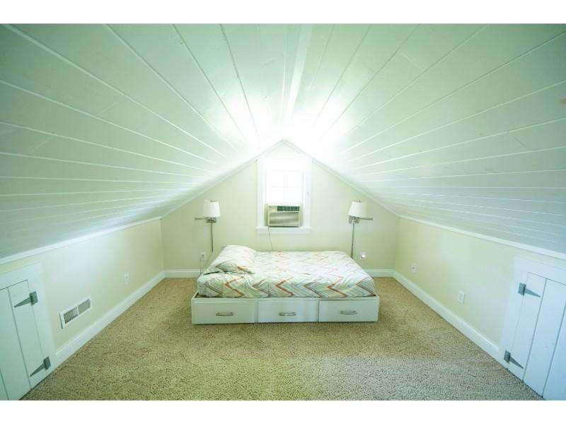 Loft twin bed 1