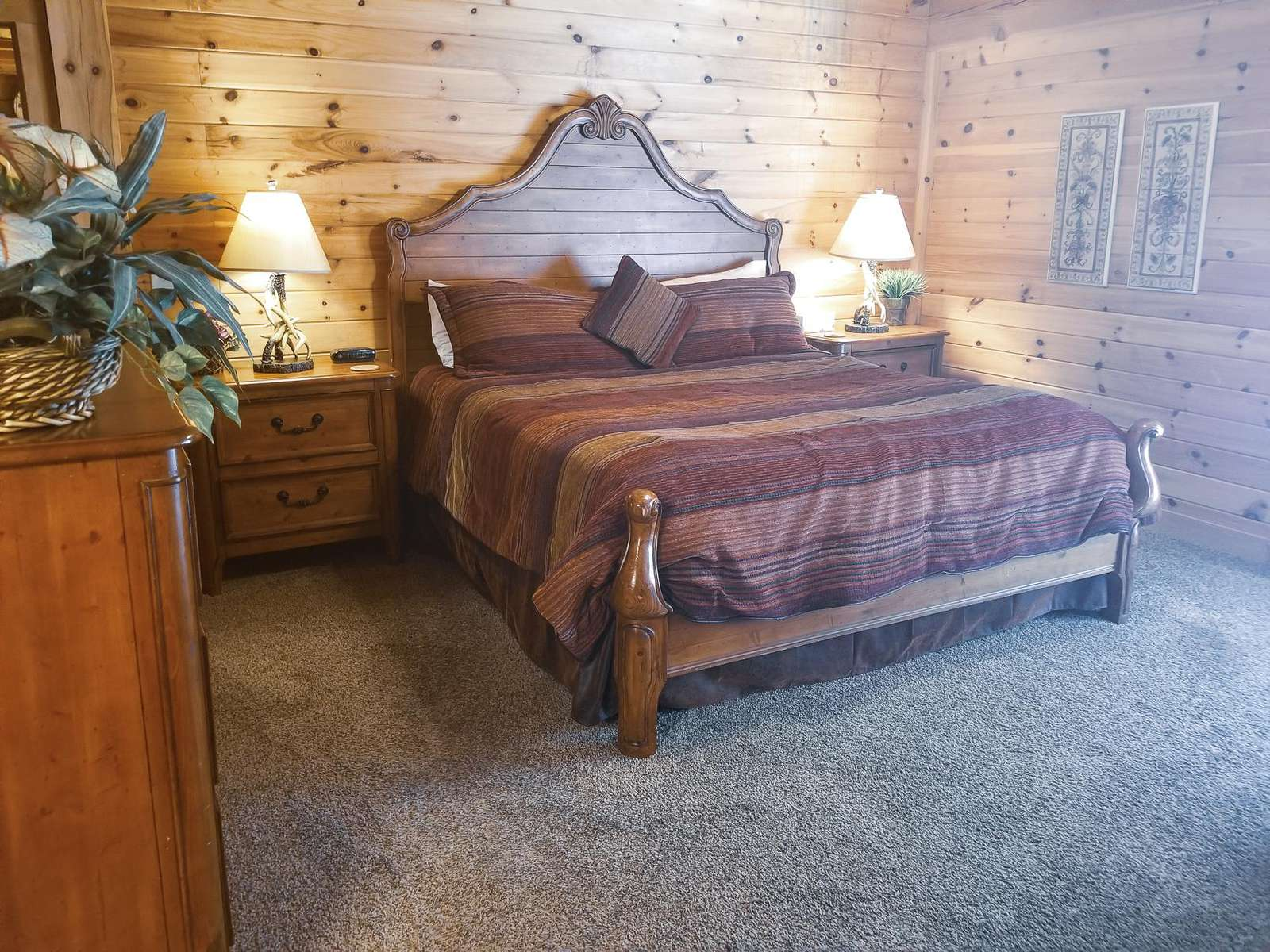 King Bed in Master Bedroom with Ensuite on main level