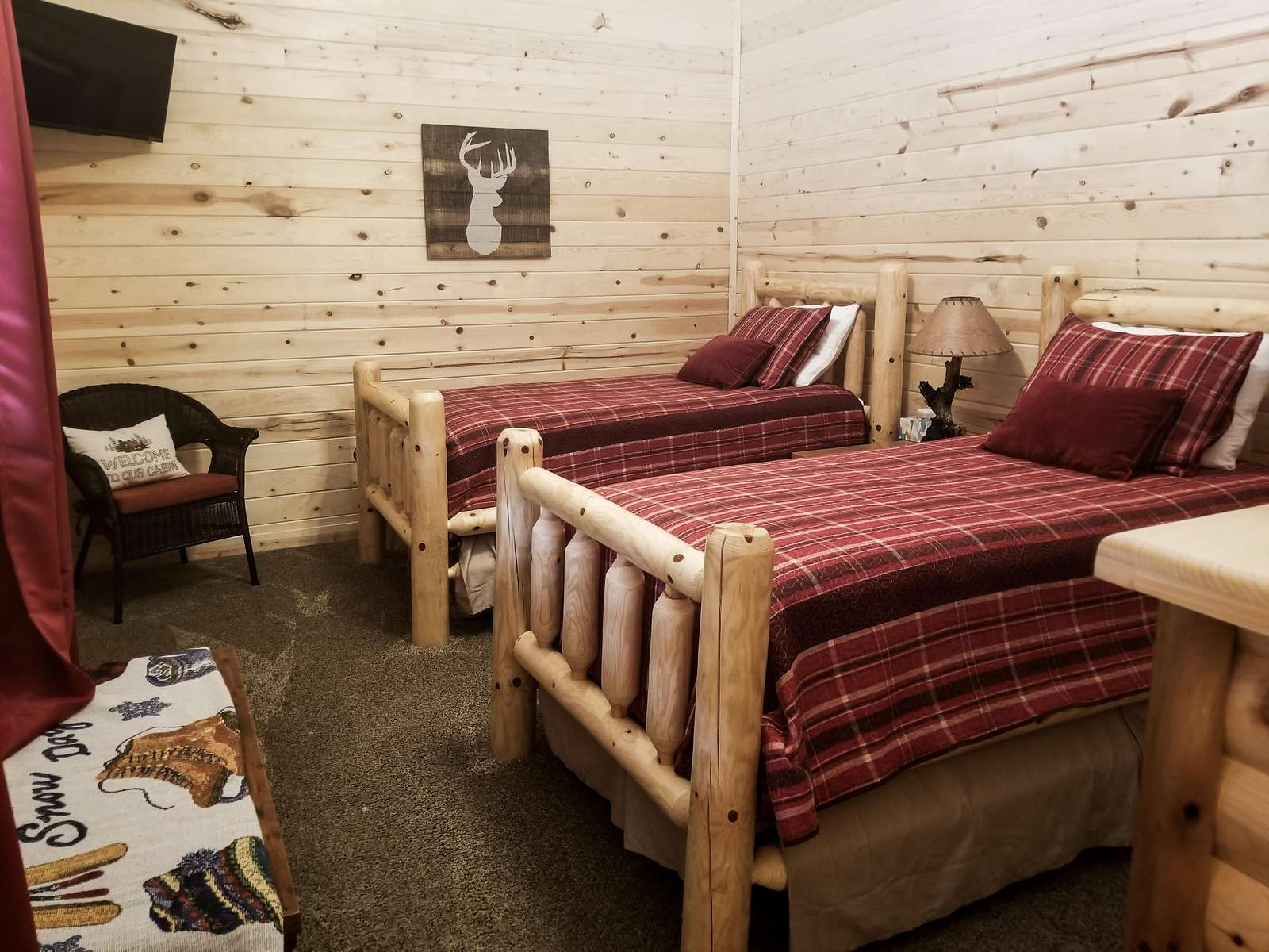 Two Log Twin Beds