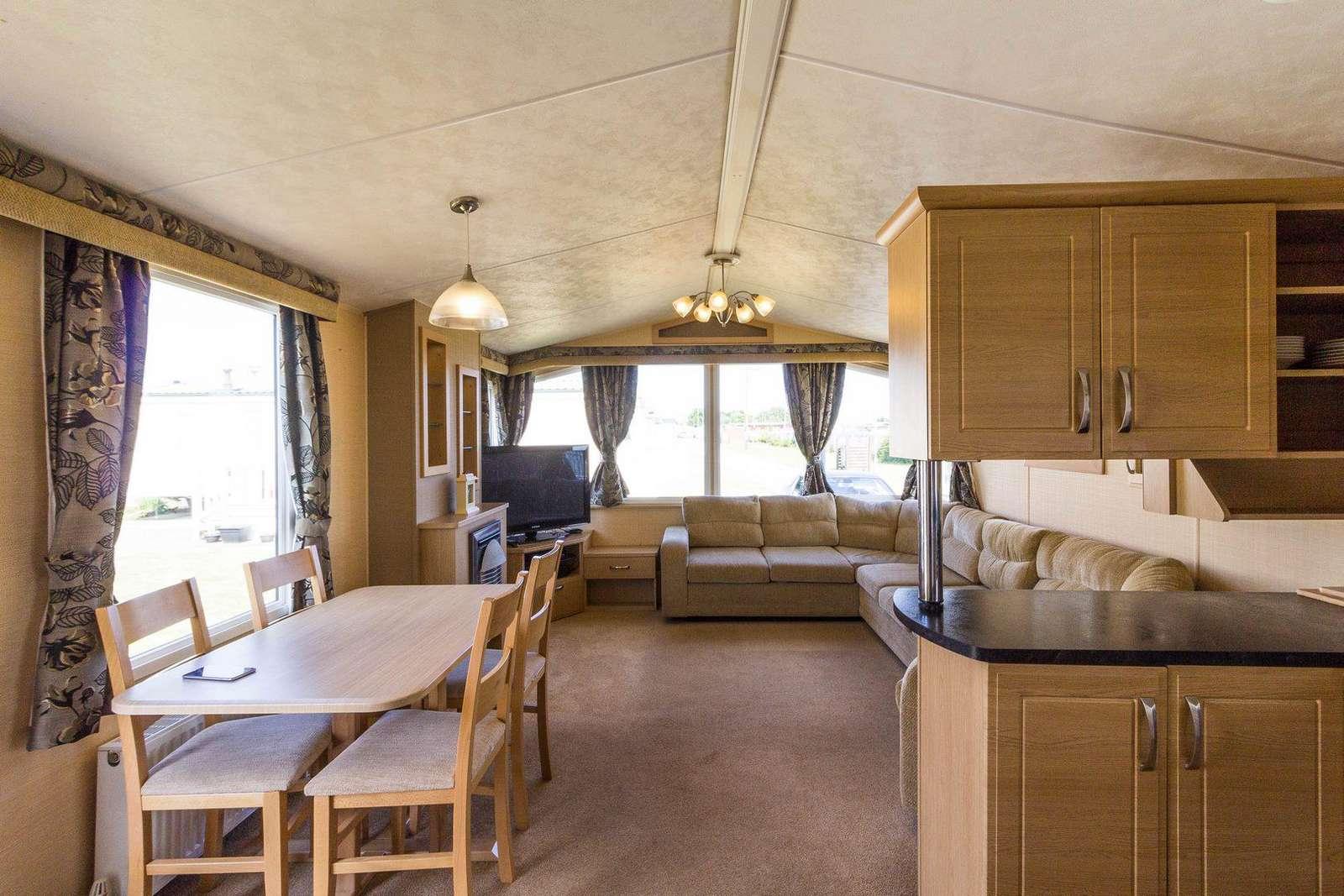 Spacious caravan, perfect for families!