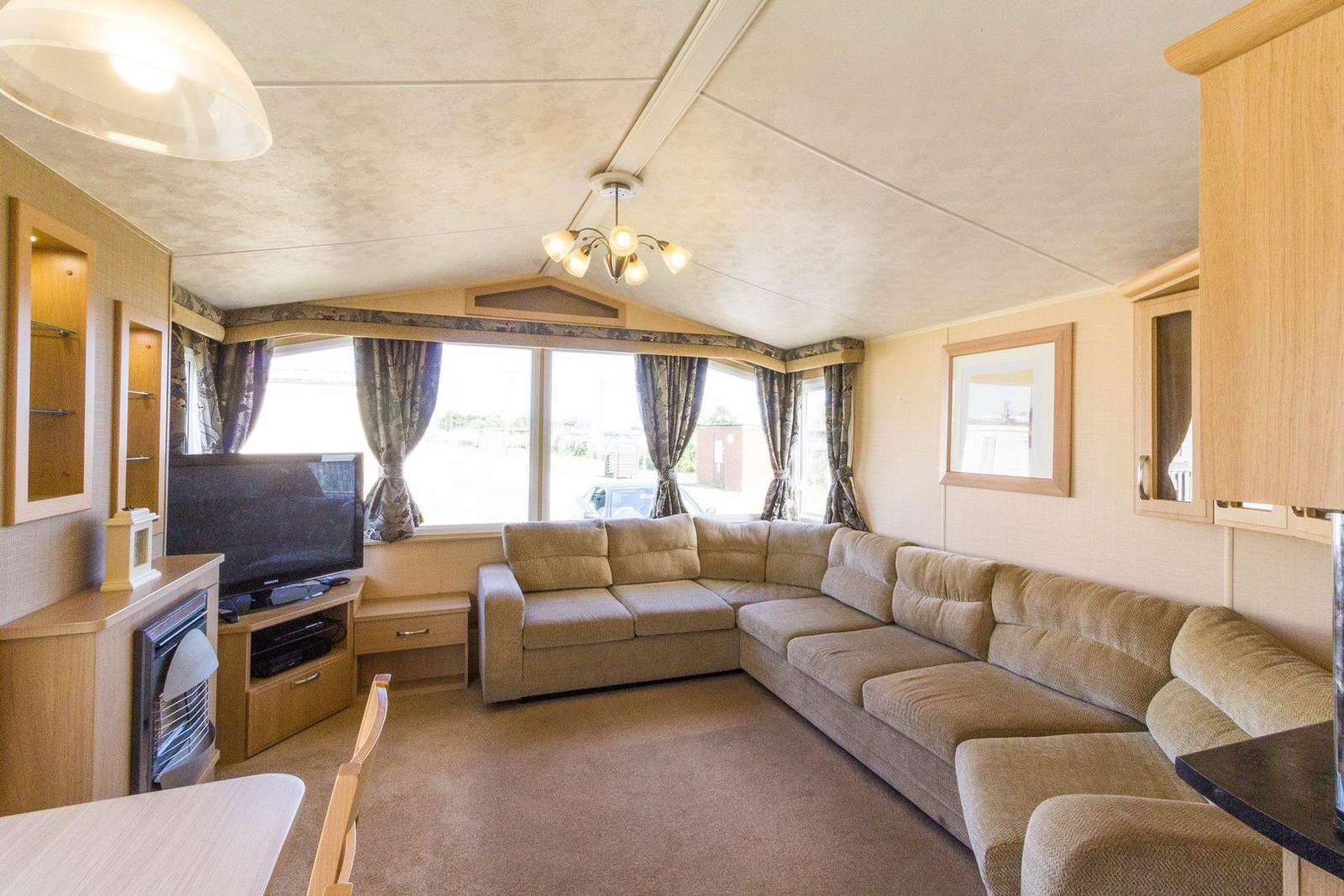 You can find and TV and Xbox in this great accommodation!