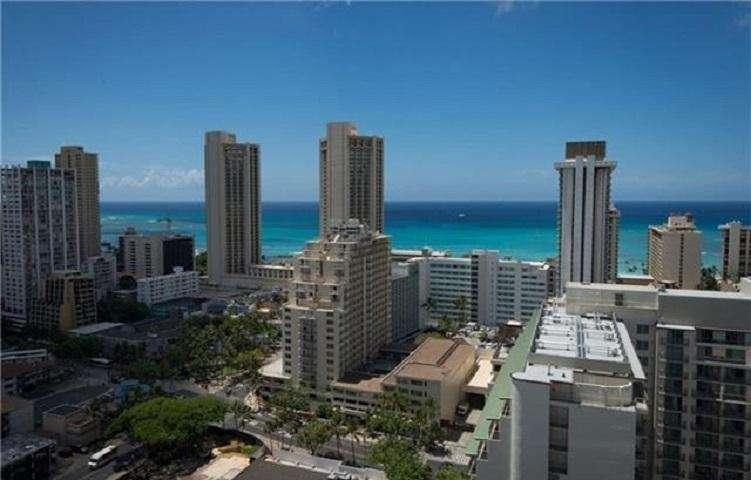 Alohana at Fairway Villa View of Waikiki from  Rooftop Sundeck