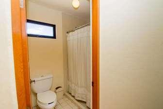 Casita - Ensuite Bathroom thumb