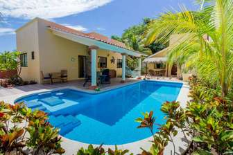 Beautiful grounds - your perfect private paradise thumb