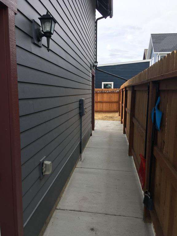 Walkway to the back of house!